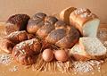 Хлебопечка: кухонная утварь для здоровых и бережливых