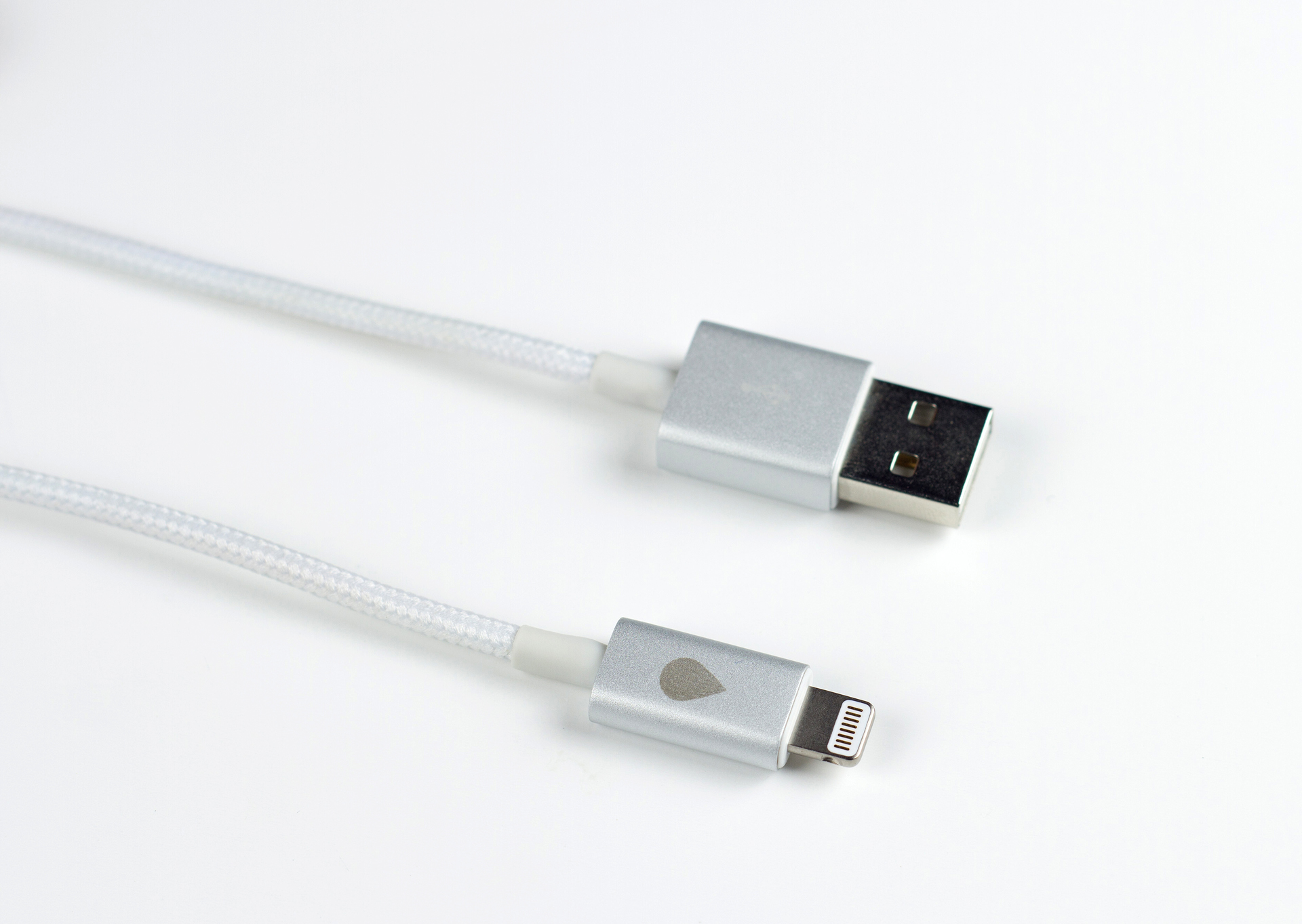 JUICIES+: лучшие кабели для iPhone 5s