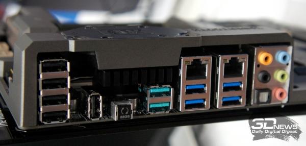 Чёрные порты – USB 2.0, синие – USB 3.0, сиреневые – USB 3.1