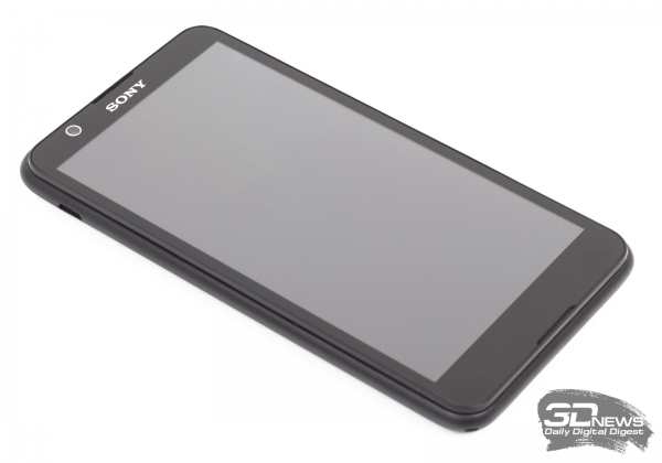 Sony Xperia E4 Dual -- лицевая панель