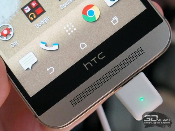 HTC One M9: динамиков по-прежнему два