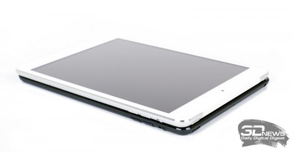 Снизу - iPad Mini, сверху - iPad Mini with Retina Display