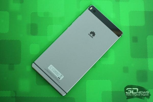 Huawei P8 – задняя панель