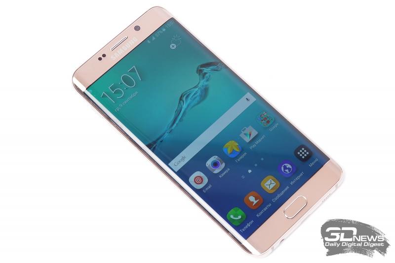 Samsung GALAXY S6 Edge+ со включенным экраном