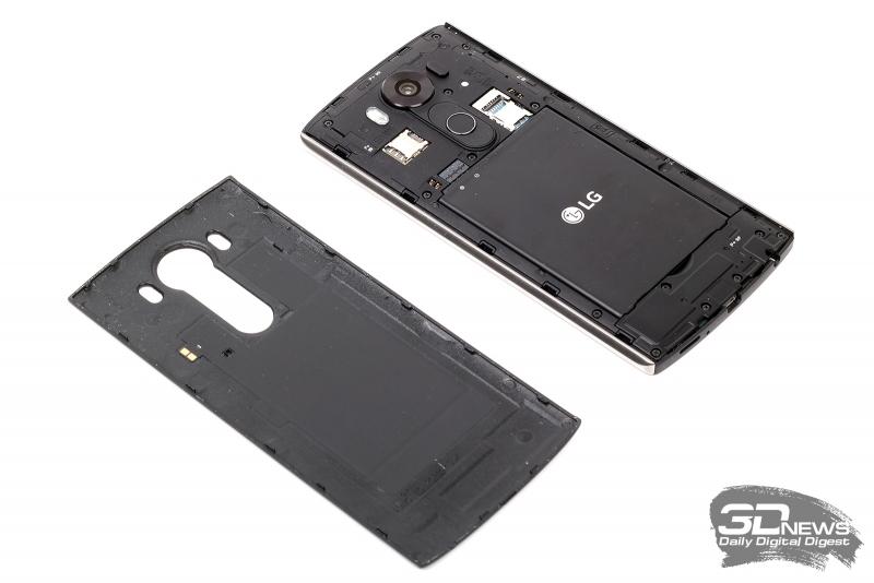 LG V10 – вид со снятой задней крышкой