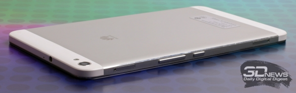 Huawei MediaPad X1 – верхняя и правая стороны корпуса