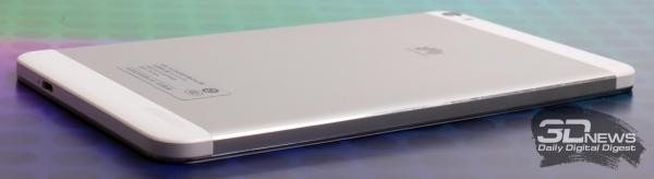 Huawei MediaPad X1 – нижняя и левая стороны корпуса