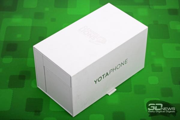 Yotaphone 2 – заводская коробка