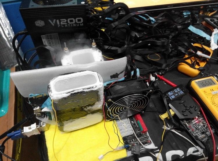 Один из рекордов года: GeForce GTX 980, разогнанный до 2,2 ГГц