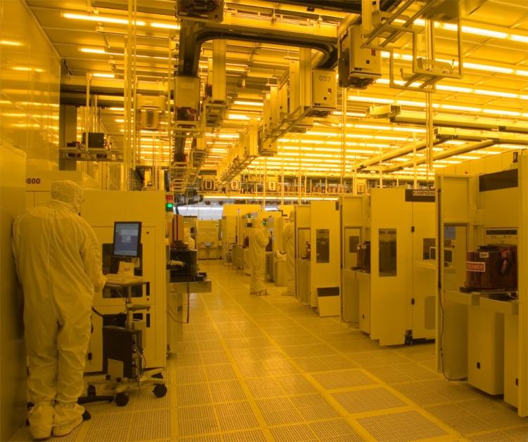 Производство DRAM на одной из фабрик Micron