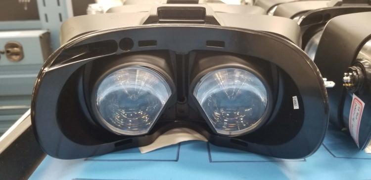 Снимок прототипа VR-шлема Valve, июль 2018 года